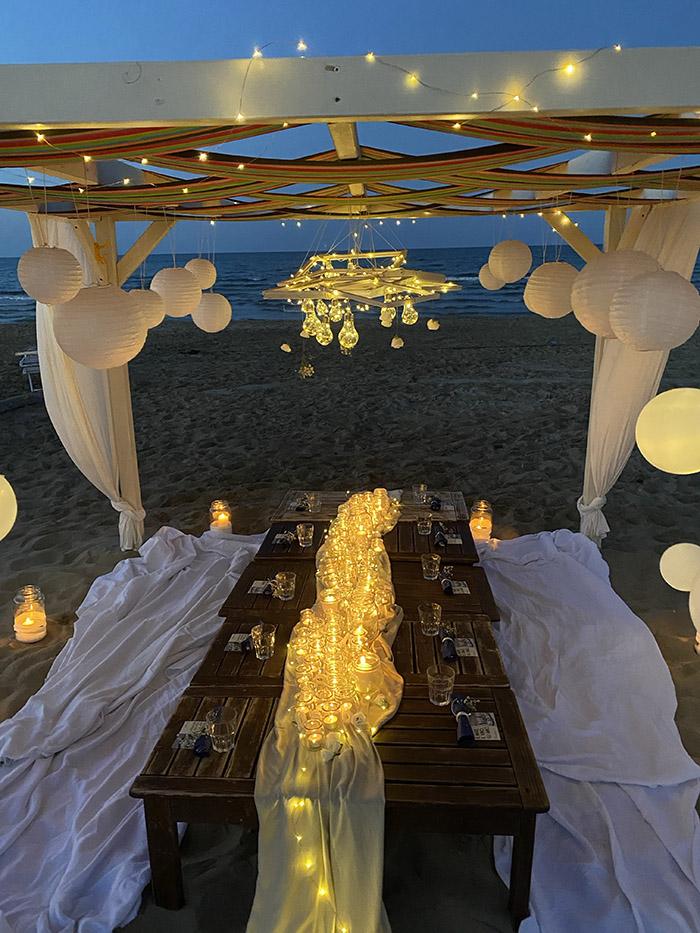 ArchiEvents_Party_a_piedi_nudi_sulla_sabbia